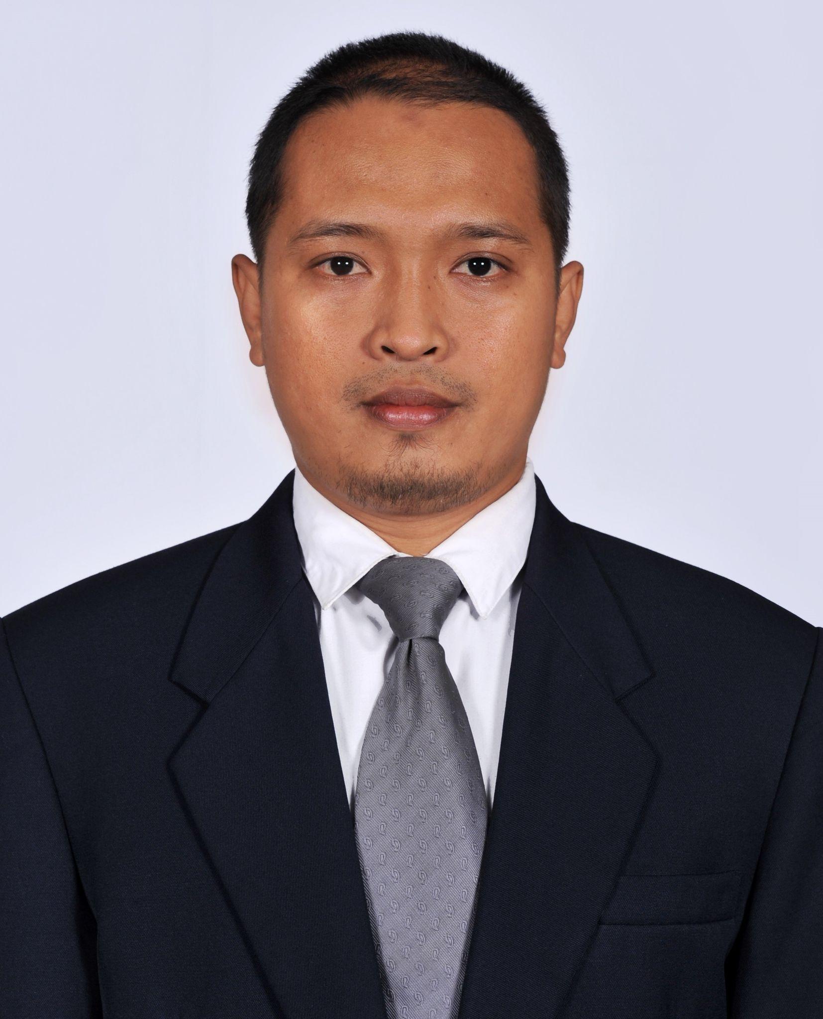Dr. Andi ASRÝFAN (Endonezya)